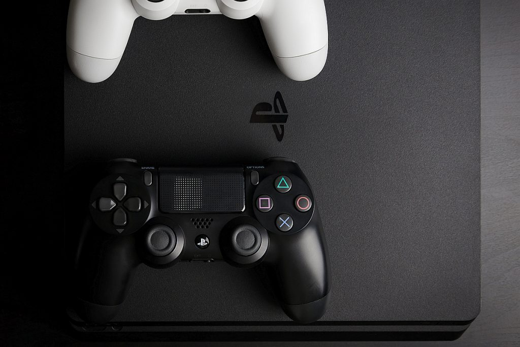 sony-grabs-patent-for-its-new-playstation-controller-with-wipo